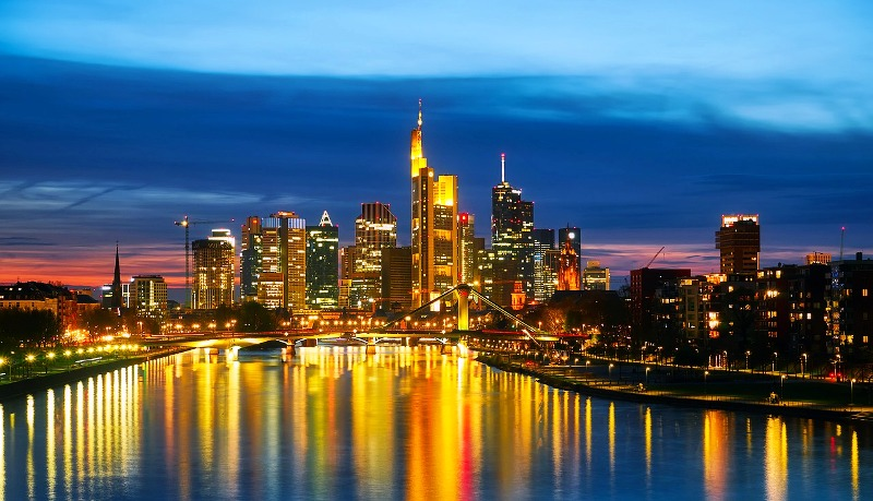 Cheap Business Class Flights to Frankfurt
