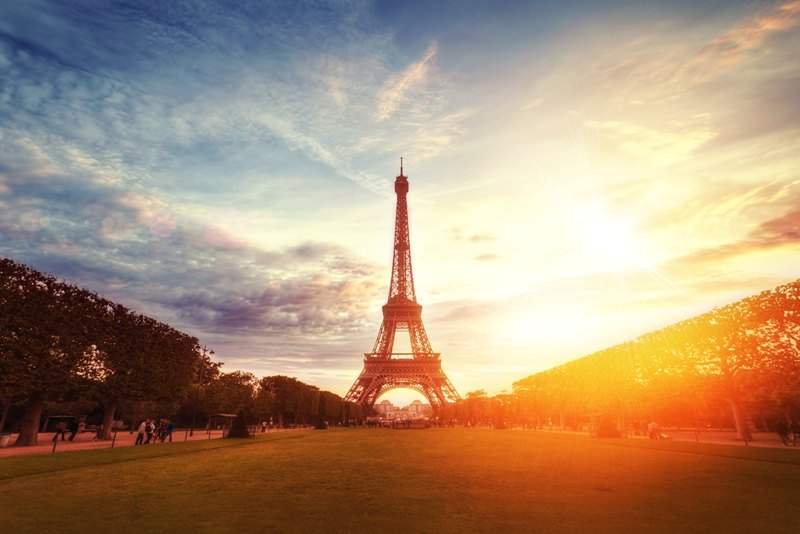 How to Get Upgraded On Business Class Flights to Paris
